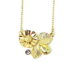 Jewelry - Goldtone Floral Daisy Leaf Crystal Necklace